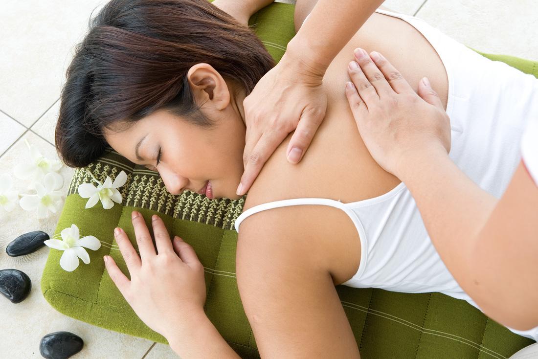 Как увеличить грудь с нулевого размера хотя бы до первого